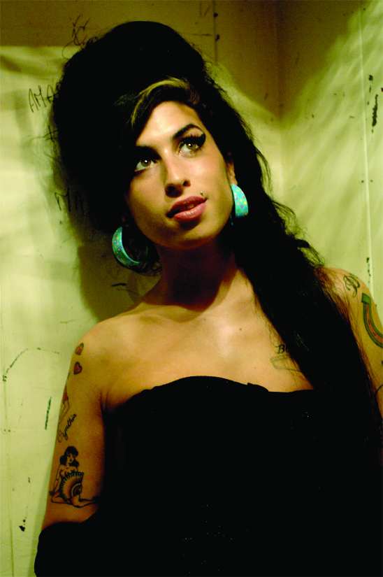AMy Winehouse 1983 - 2011