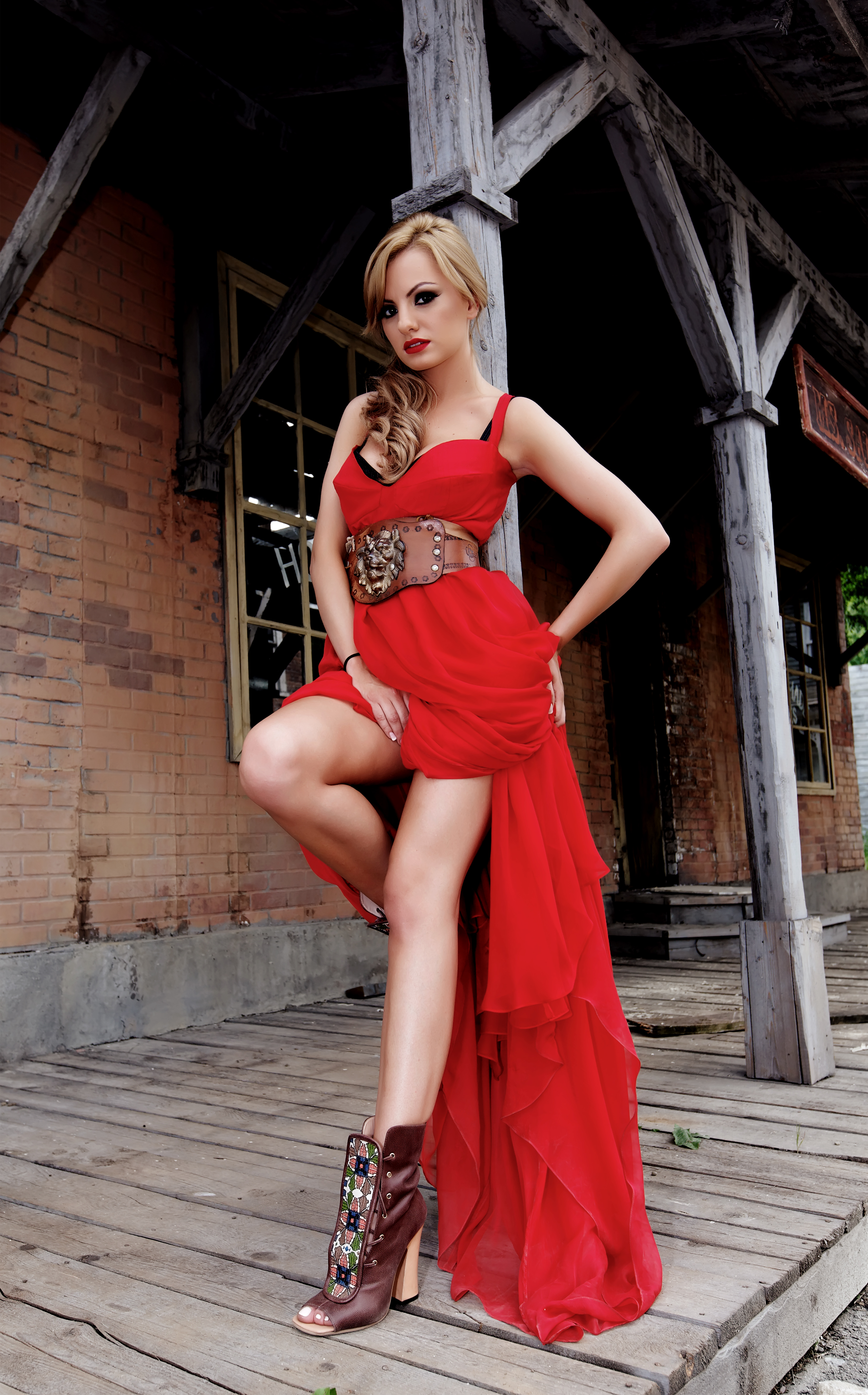Alexandra Stan sexy red ress